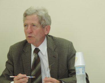 Integrantes do ISFH/UCPel prestam homenagem ao professor Osmar Miguel Schaefer